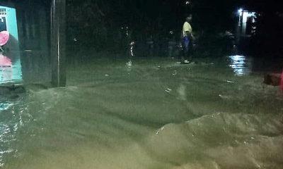 Kabupaten Majalengka dilanda banjir akibat intensitas hujan tinggi.