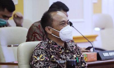 Kemendagri minta jajarannya pro-ktif layani penggatian dokumen warga yang rusak akibat bencana.