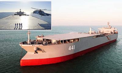 Angkatan Laut Iran gelar latihan perang dengan Kapal Induk Helikopter baru.