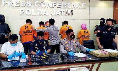 Amankan dua pengedar, Polda Jatim gagalkan penyelundupan sabu asal Malaysia.
