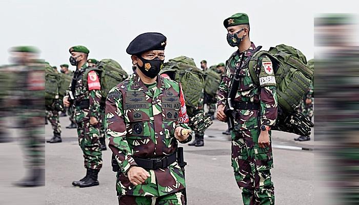 450 pasukan Yonif Mekanis 512/QY dapat kehormatan dari negara.