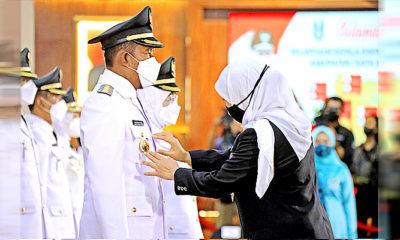 Achmad Fauzi-Nyai Hj. Dewi Khalifah resmi dilantik sebagai Bupati dan Wakil Bupati Sumenep