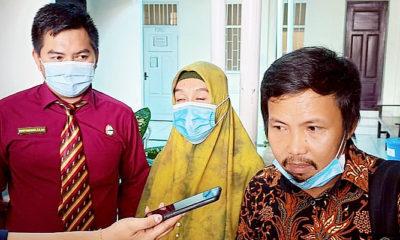 2 tergugat tak hadiri sidang raibnya uang ratusan juta milik nasabah BRI di Tarakan. Agenda sidang perdana gugatan atas kasus raibnya uang nasabah