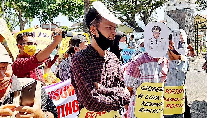 Tuntut kesejahteraan rakyat, ratusan massa APPA demo Gubernur Aceh.