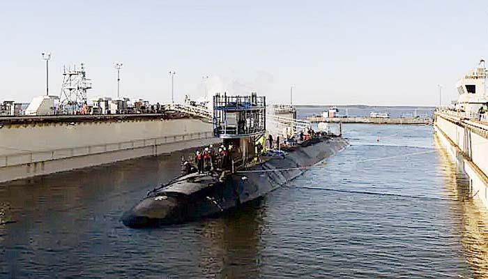 Angkatan Laut Amerika luncurkan kapal selam canggih kelas Virginia.
