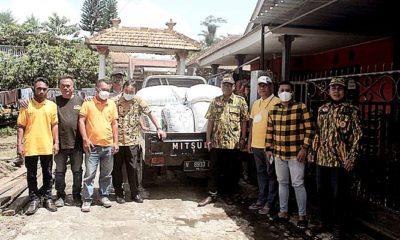 Bantu sejahterakan petani, Golkar kabupaten Malang borong 1 ton beras petani.