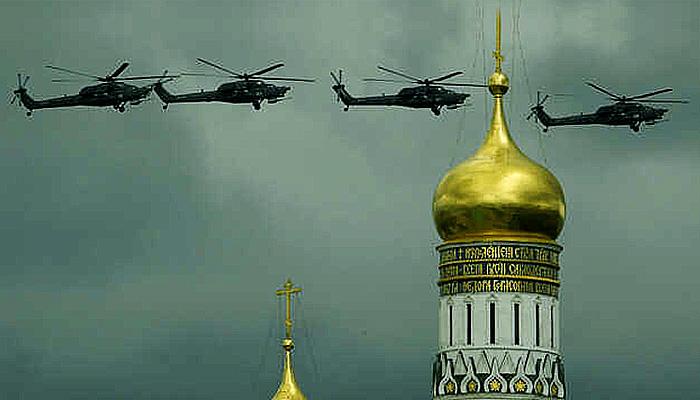 Rusia kerahkan pasukan skala besar ke perbatasan menyikapi deklarasi perang Ukraina.