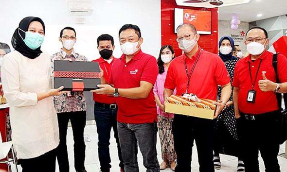 TelkomGroup Siaga RAFI 2021 berikan paket bantuan senilai 1,6 miliar.