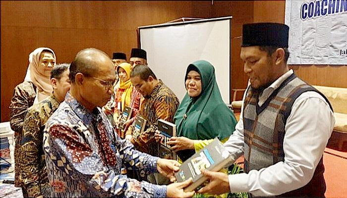 Kanwil Kemenag Aceh Raih Perhargaan Terbaik Tingkat nasional Dalam Penyelenggaraan Zakat