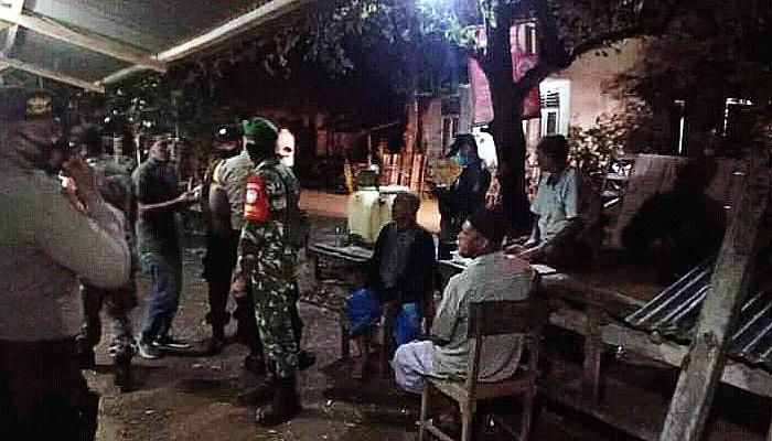 Jaga Kamtibmas, Koramil 07/BTS dan Polsek Baitussalam gelar patroli malam.