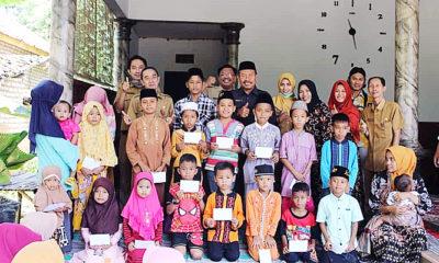 Di bulan suci Ramadhan, Dinas Koperasi Sumenep santuni anak yatim.