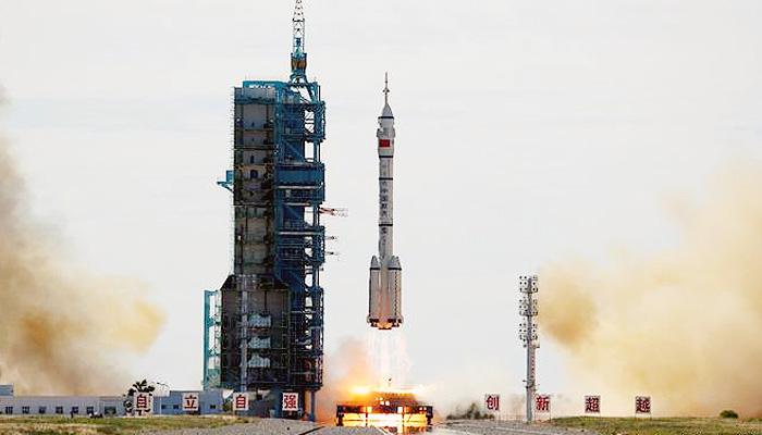 Cina kirim tiga astronot untuk bangun stasiun antariksa Tiangong.