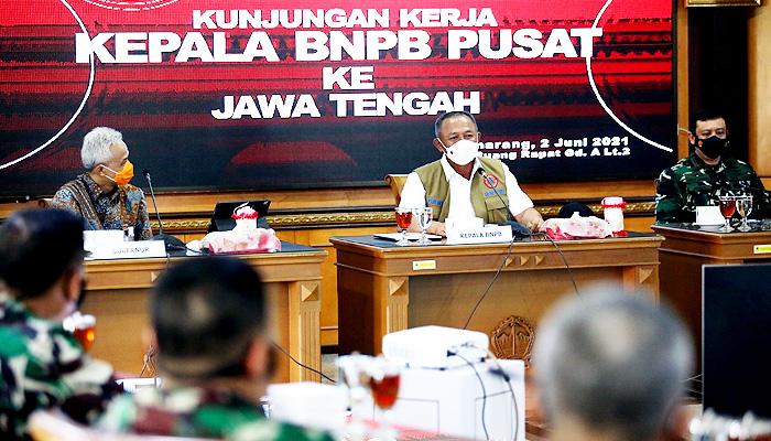 Laporan Gubernur kepada Ketua Satgas Ganip Warsito terkait lonjakan kasus Covid-19 di Jateng.