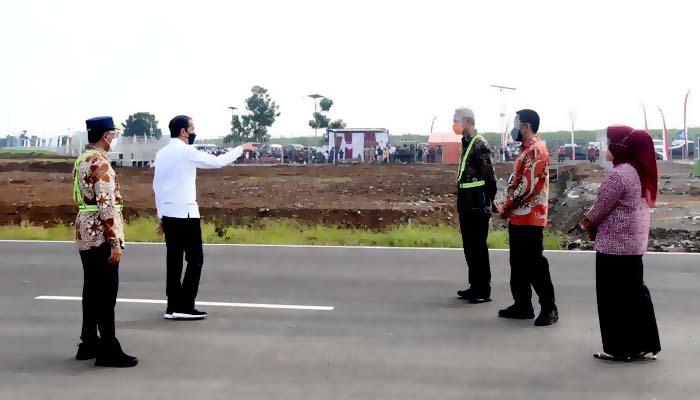 Kehadiran Bandara Jenderal Besar Soedirman diharapkan dapat menumbuhkan ekonomi daerah sekitar.