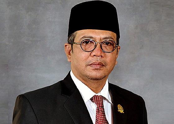 Ketua DPRD Sumenep tolak pembengkakan pajak sembako dan pendidikan.