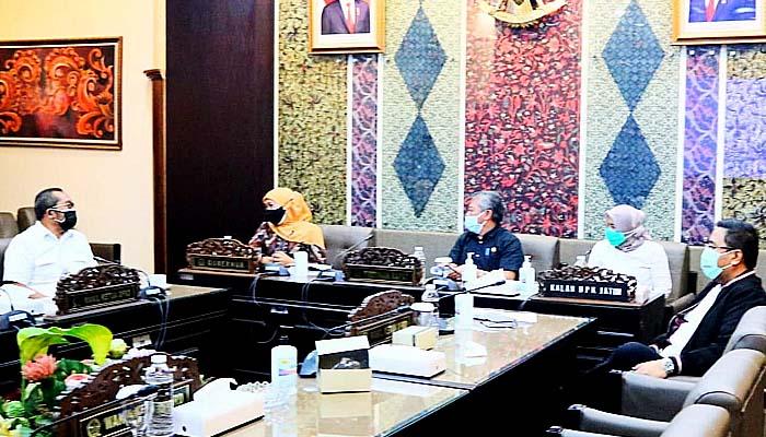 Pro kontra hak angket untuk Gubernur Khofifah, Sahat Tua Simanjuntak: Secara konstitusi belum ada pelanggaran gubernur.