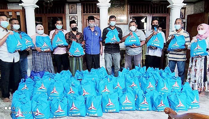 Program sembako peduli, Fraksi Partai Demokrat Jatim salurkan bantuan se Jatim.