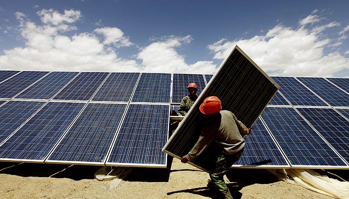 Dalam dekade mendatang listrik tenaga surya menjadi energi termurah.
