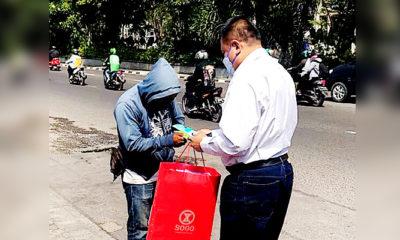 PPKM Darurat Diberlakukan, Legislator Gerindra Jatim Tebar Ribuan Masker di Surabaya