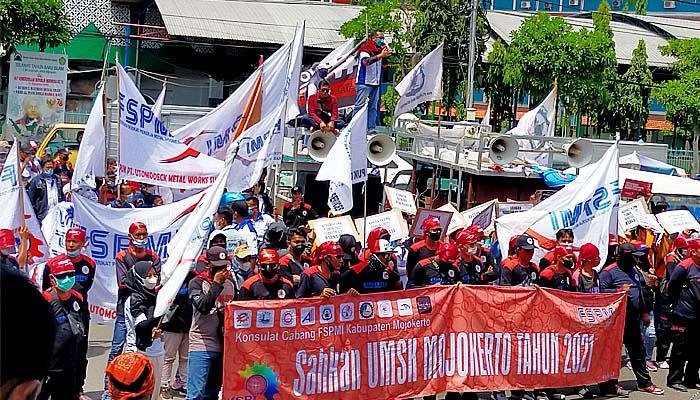 Gubernur Lemot Tetapkan UMSK Kabupaten Mojokerto, Buruh FSMI Gelar Aksi