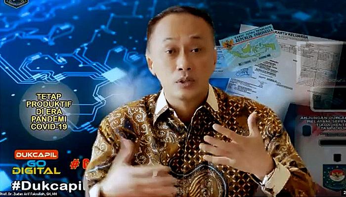 Survei Puspoll Indonesia: 80 Persen Responden Menyatakan Mudah Membuat KTP-el