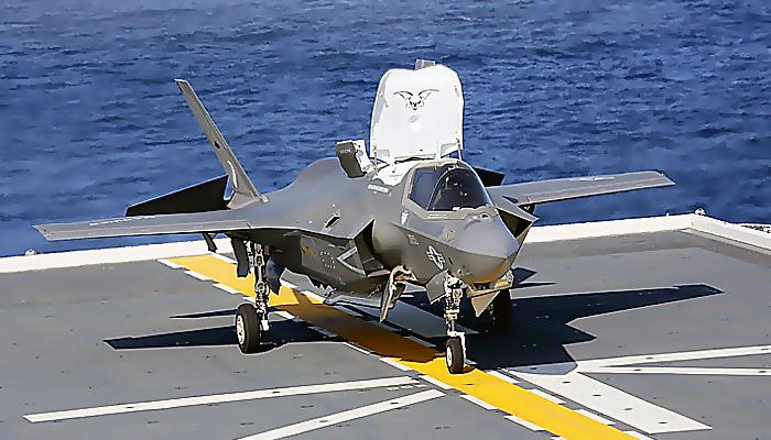 Jepang Lakukan Uji Coba Lepas Landas F-35B di Kapal Induk Izumo