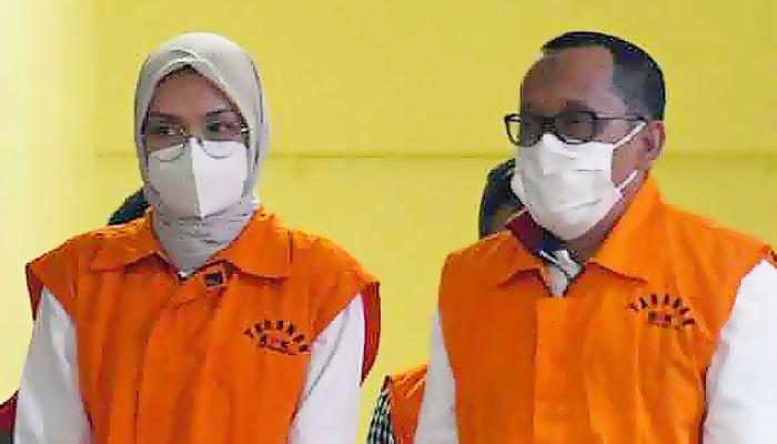 Bupati Probolinggo dan Suami Ditetapkan Sebagai Tersangka Oleh KPK