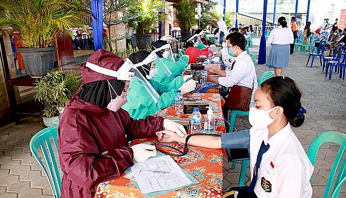 Gelar Vaksinasi Dosis Kedua, Polresta Malang Kota Sasar 4.000 Pelajar